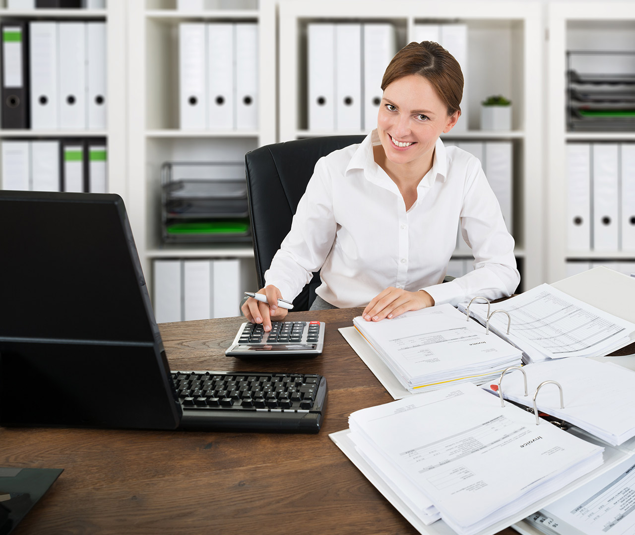 бухгалтер вакансии главный услуги